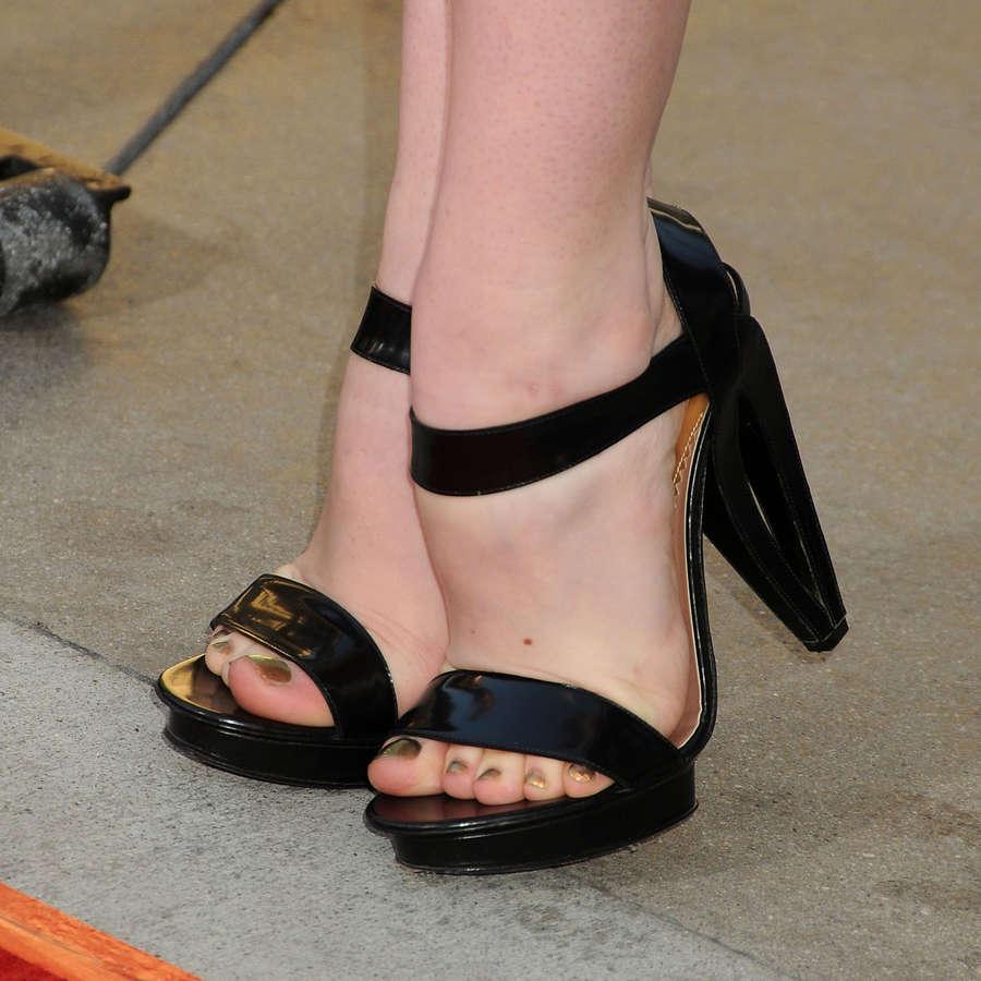 Deborah Ann Woll Feet