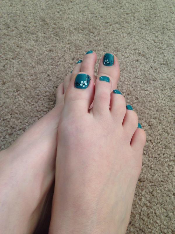 Mina Thorne Feet