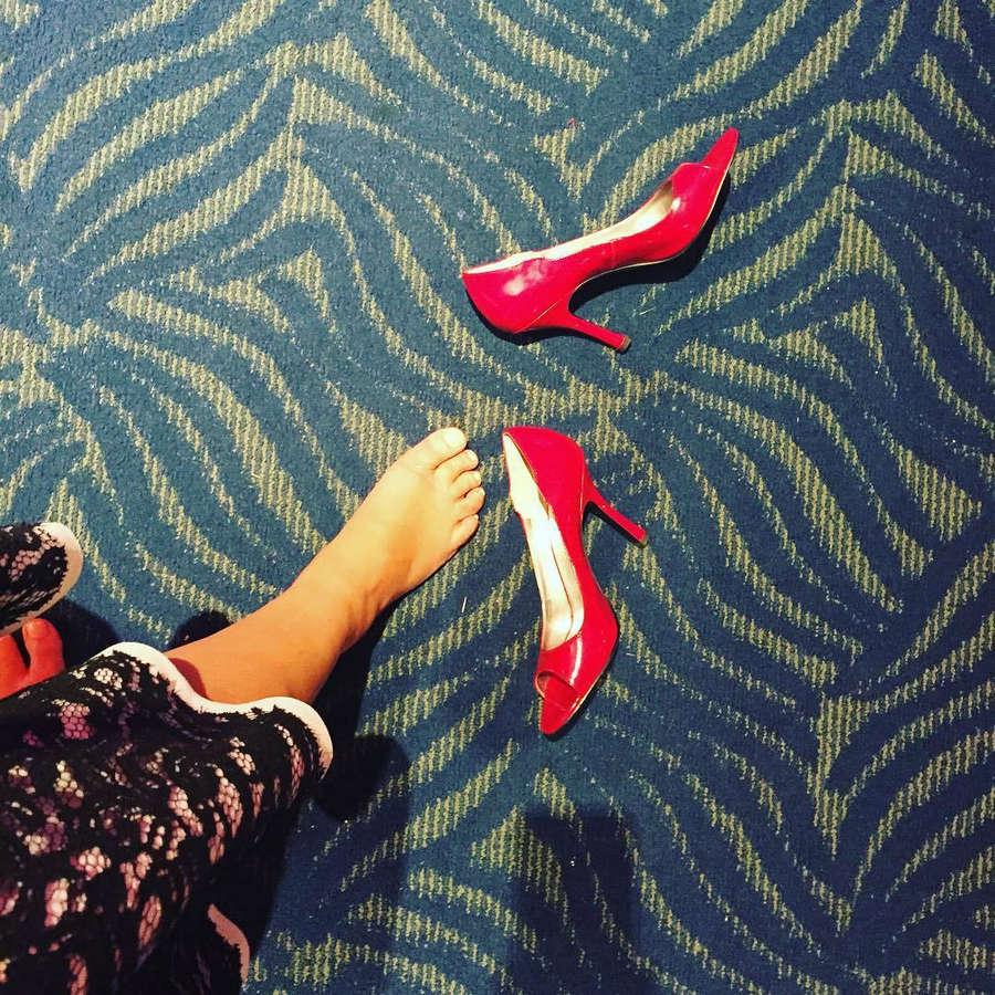 Laura Niemi Feet