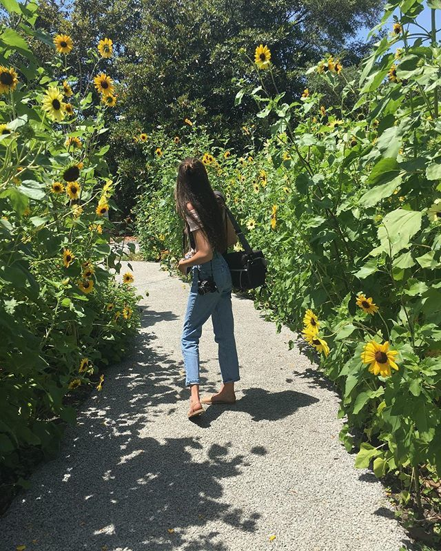 Olivia Underhill Feet