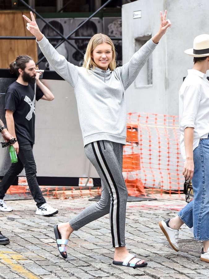 Maggie Laine Feet