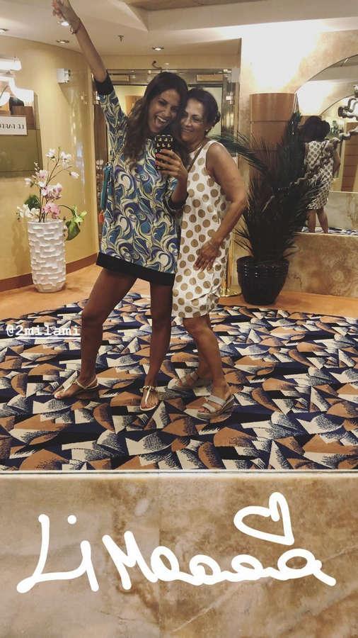 Roberta Morise Feet