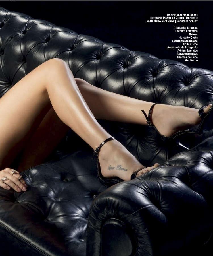 Fernanda Paes Leme Feet