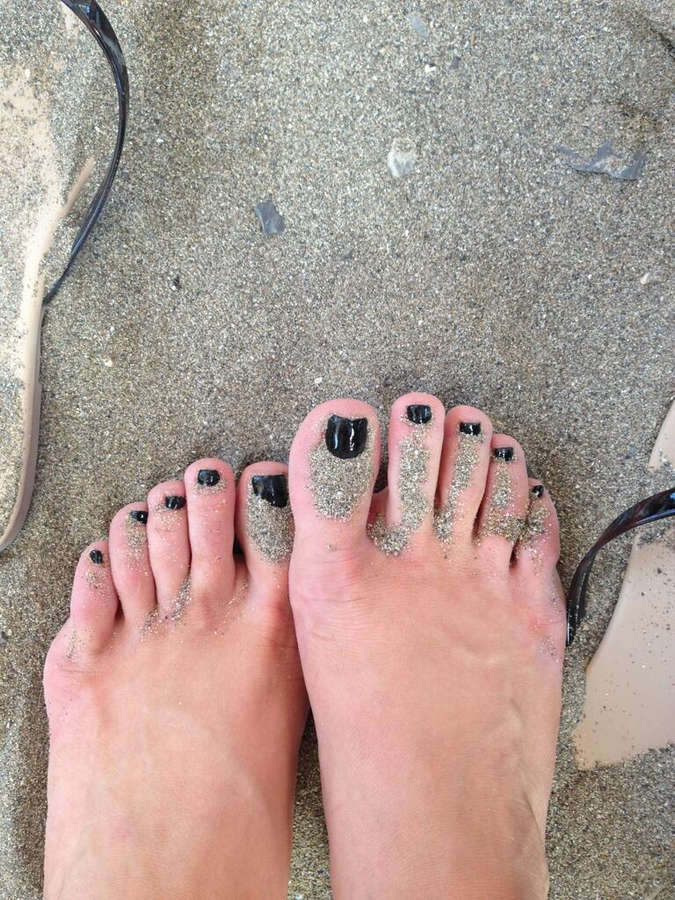 Lexi Belle Feet
