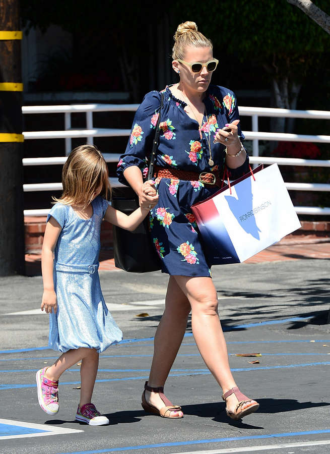 Busy Philipps Feet