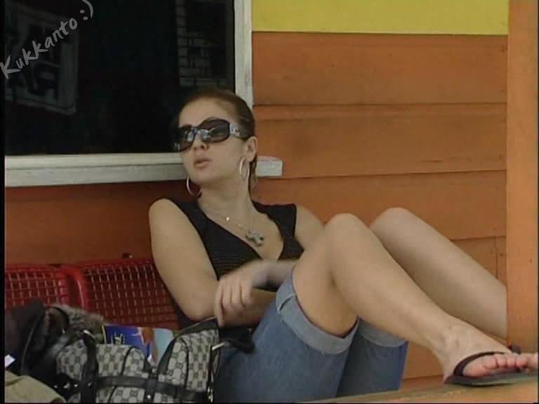 Gaspar Bea Feet