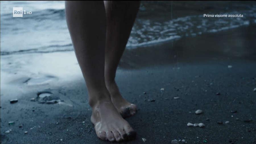 Valentina Belle Feet