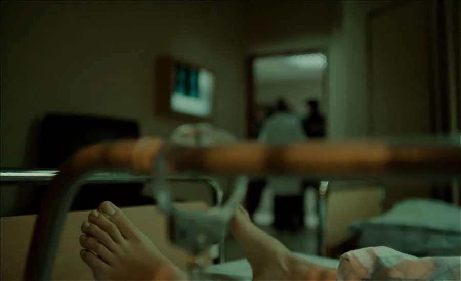 Tuba Buyukustun Feet