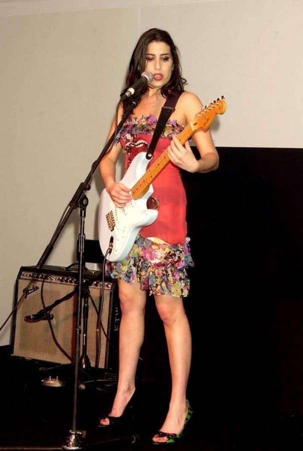 Amy Winehouse Feet