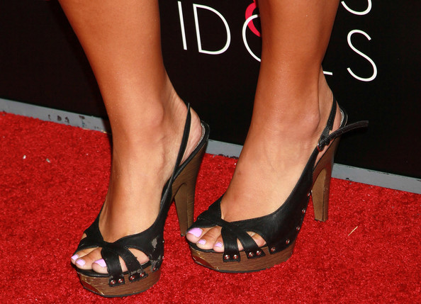 Sammi Sweetheart Giancola Feet
