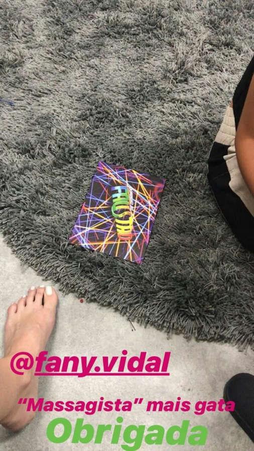 Dani Calabresa Feet
