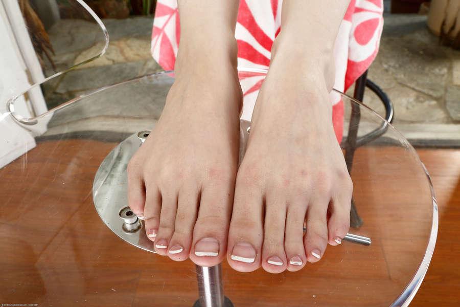 Ember Stone Feet