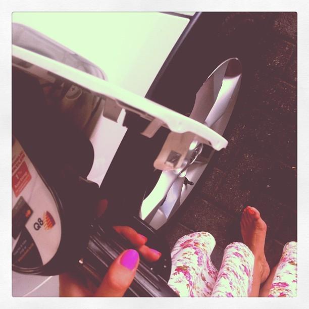 Elisa Guarraci Feet