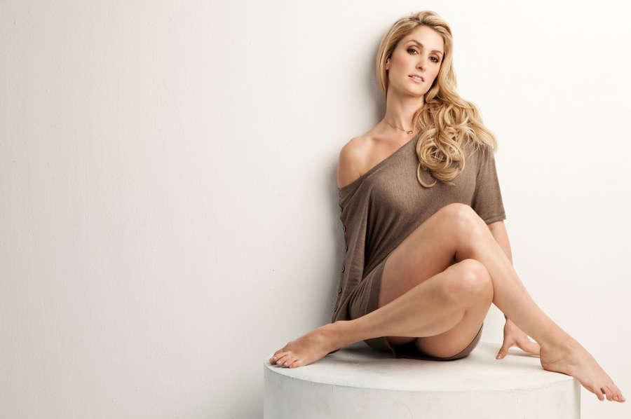 Kelly Levesque Feet