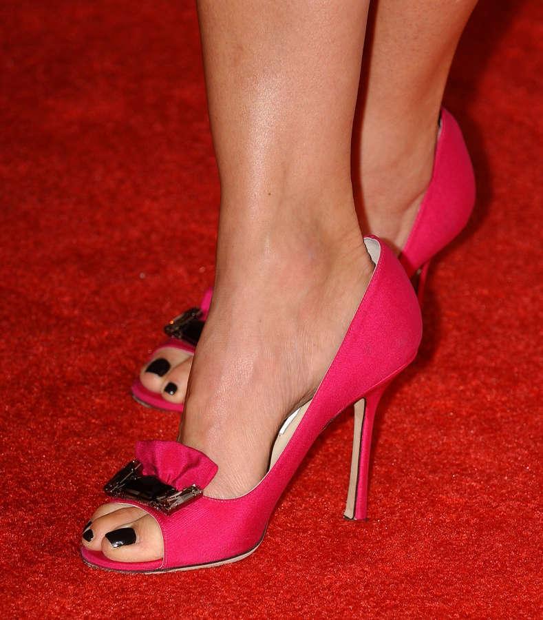 Benz feet julie 40 Sexy