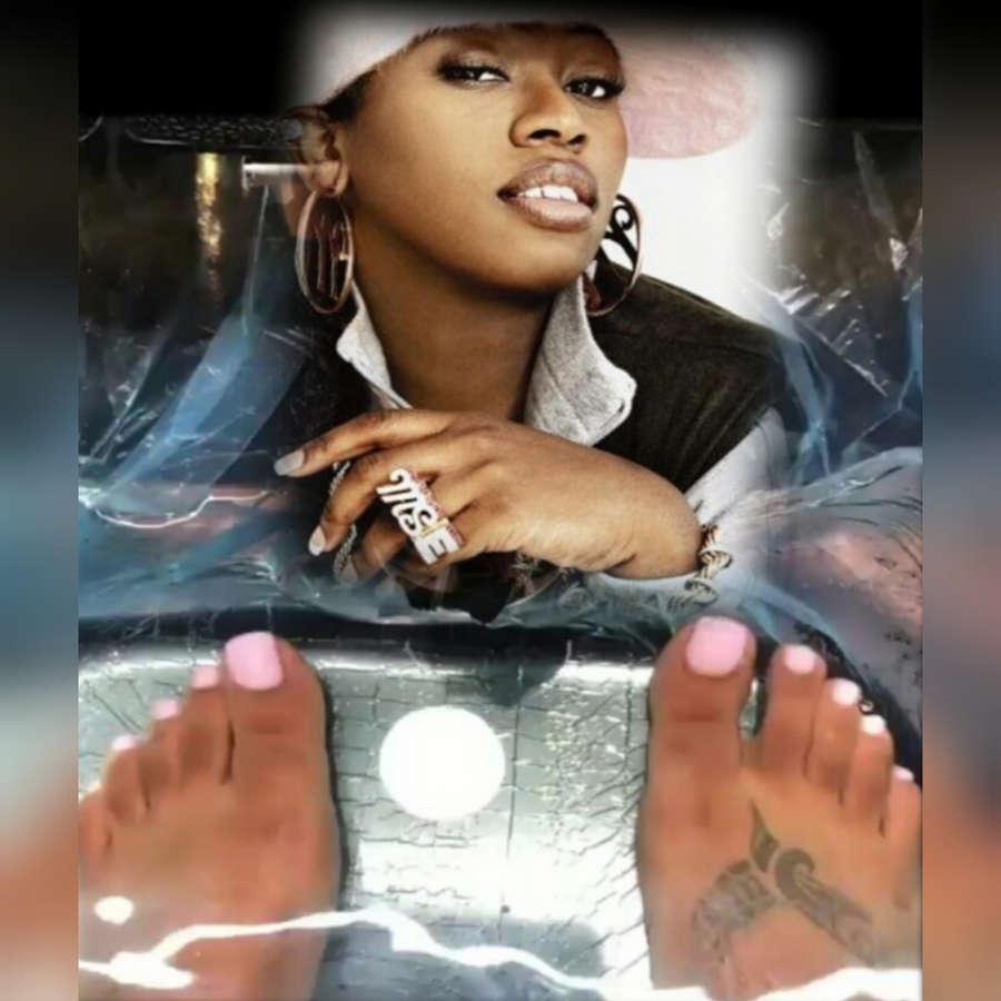 Missy Elliott Feet