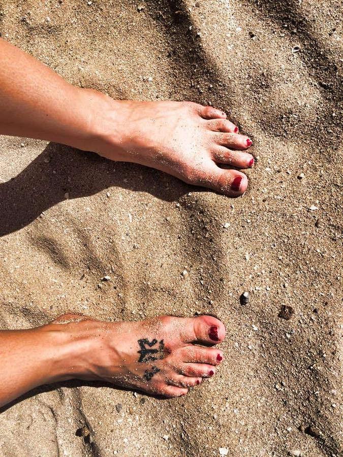 Molly Bitton Feet