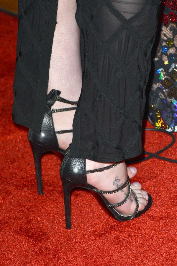 Iggy Azalea Feet