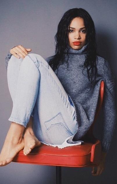 Nesta Marlee Cooper Feet