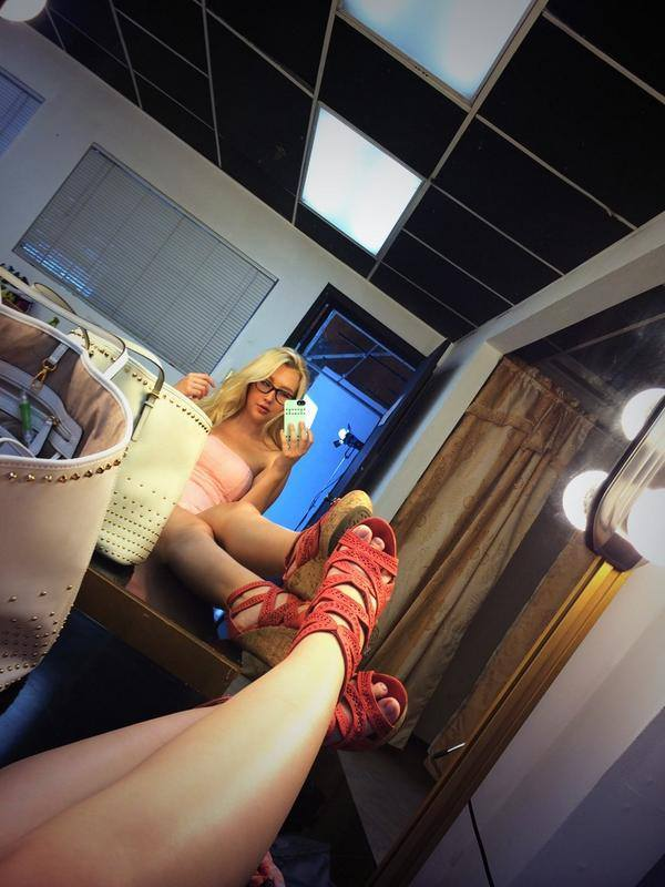 Samantha Rone Feet