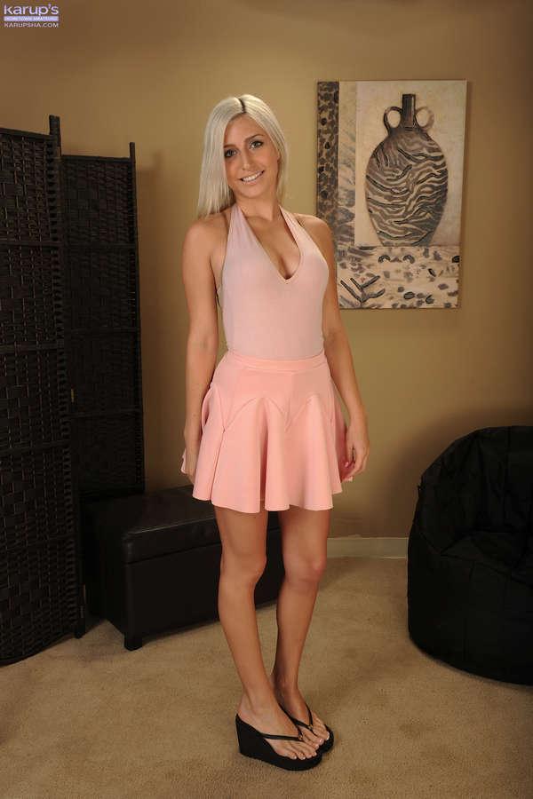 Xandra Sixx Feet