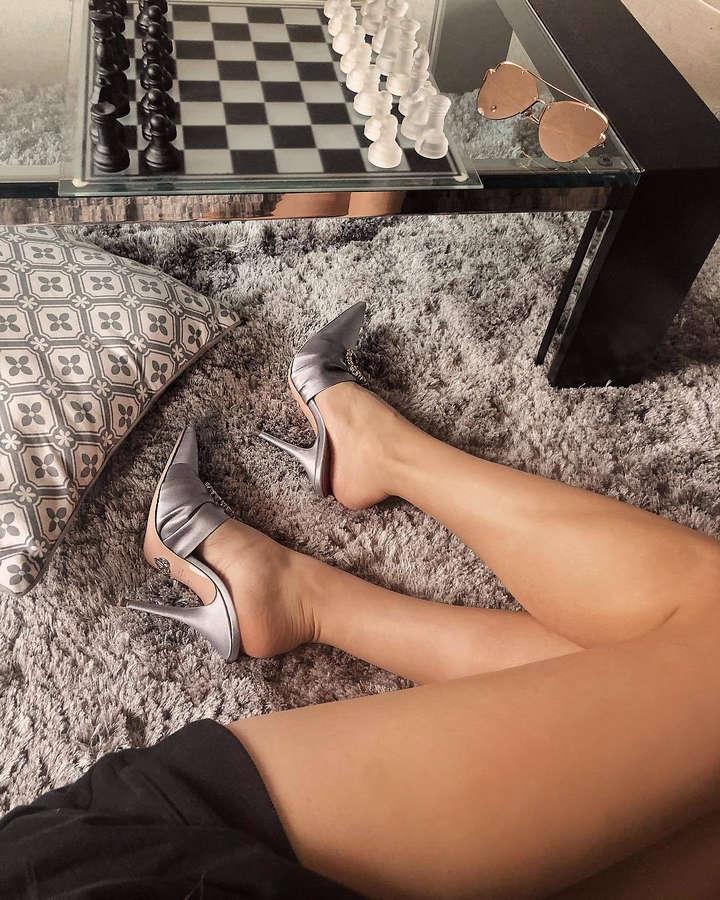 Xenia Tchoumitcheva Feet