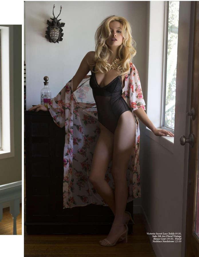 Simone Holtznagel Feet