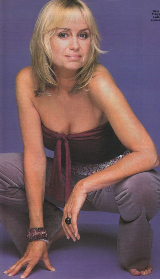 Susan George Feet