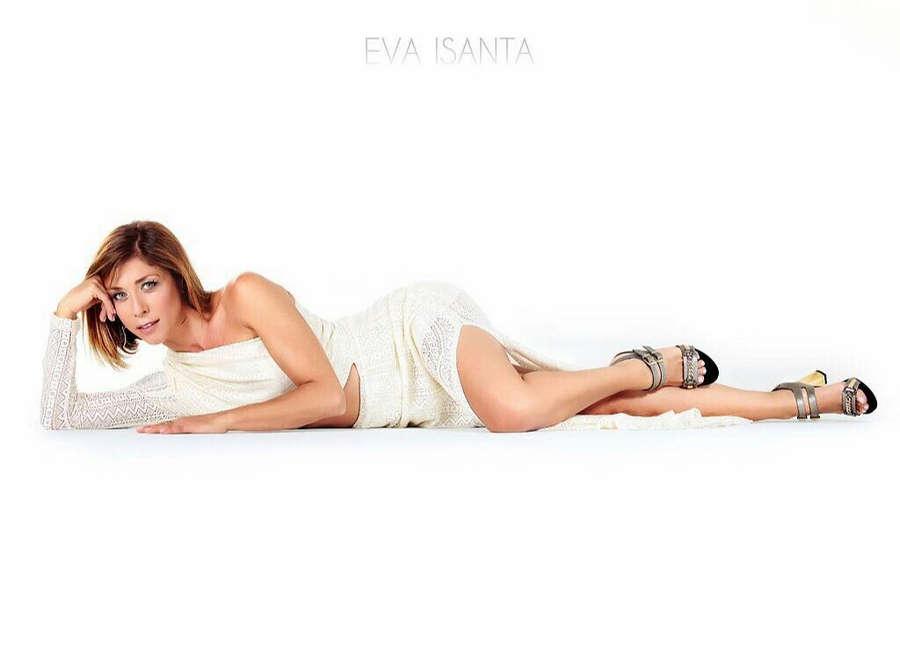 Eva Isanta Feet