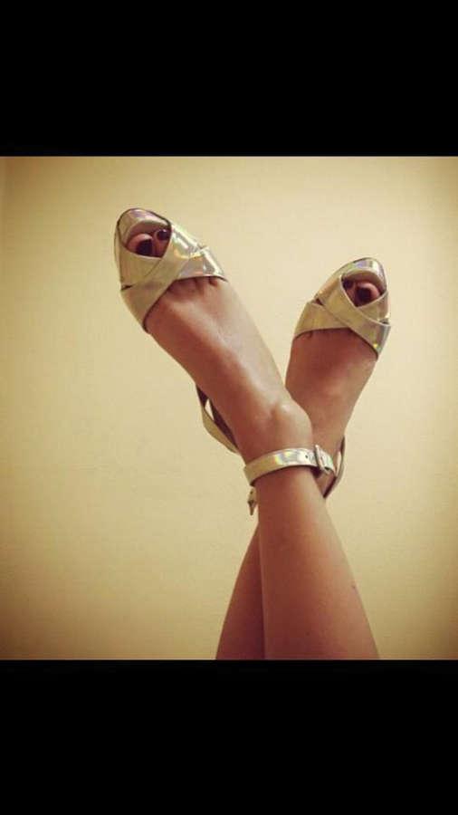 Elena Santarelli Feet
