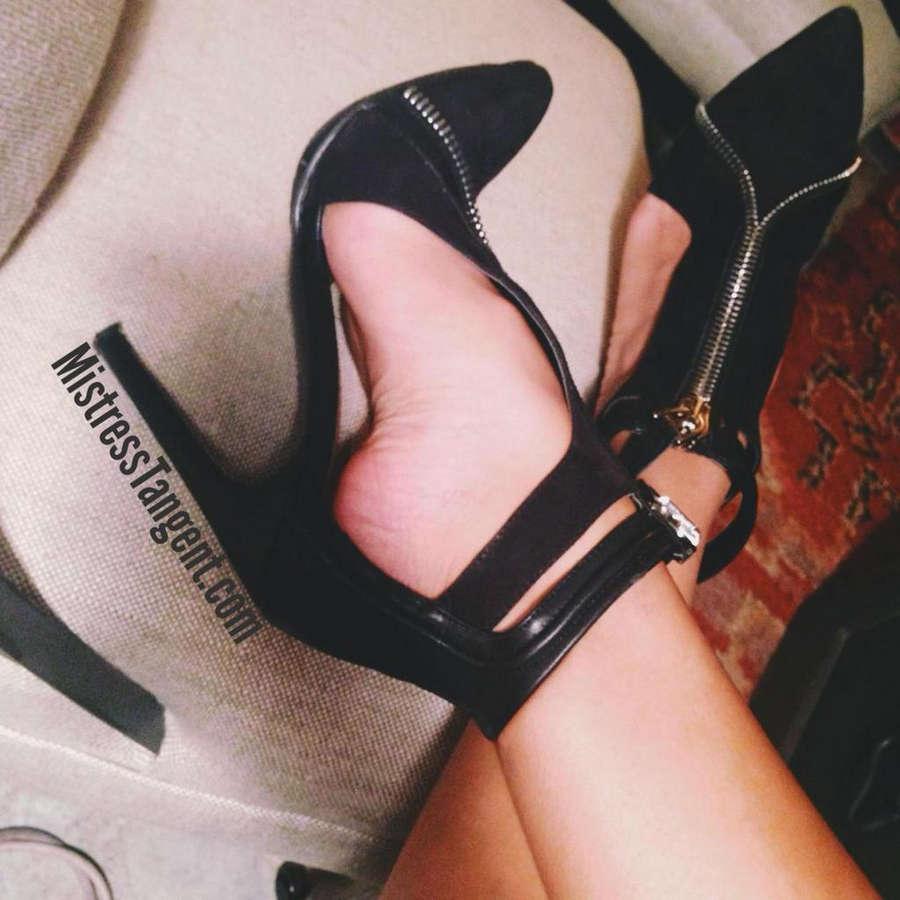 Mistress Tangent Feet