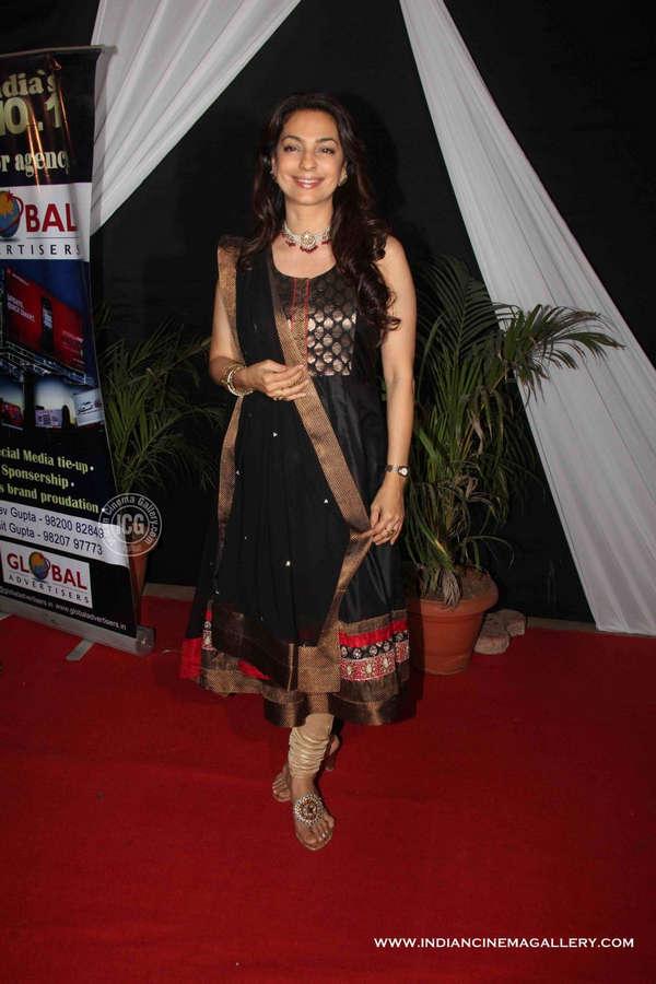 Juhi Chawla Feet