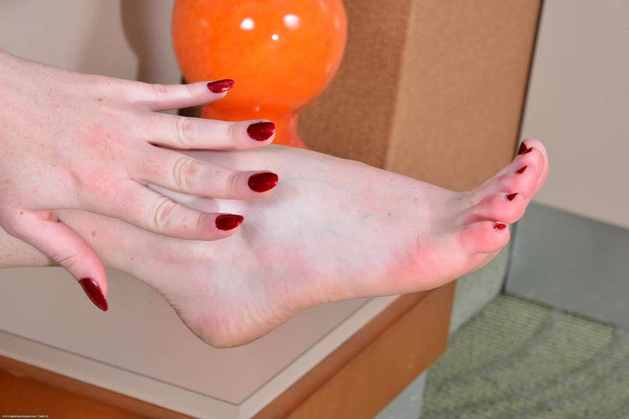 Kassondra Raine Feet