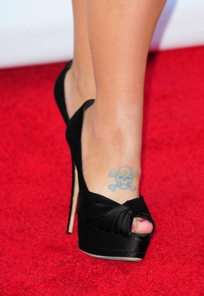 Kelly Osbourne Feet