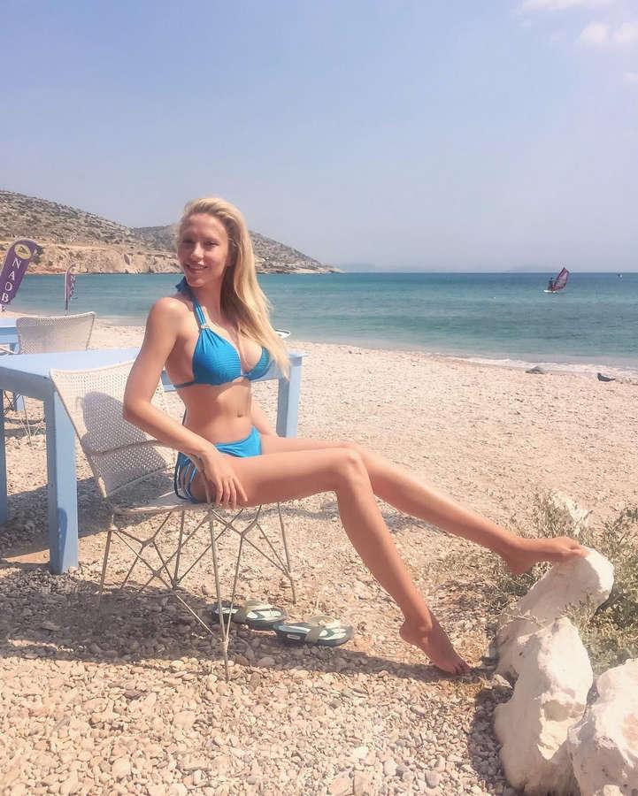 Veneta Krasteva Feet