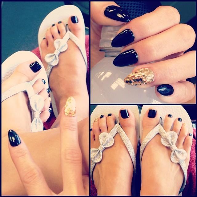 Romi Rain Feet