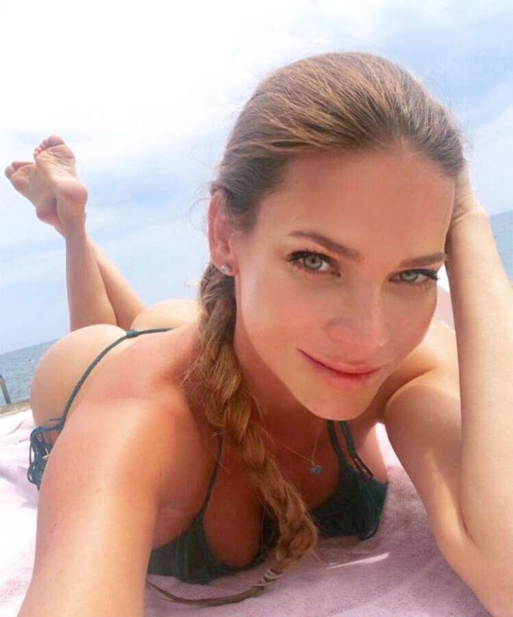 Andrea Veresova Feet