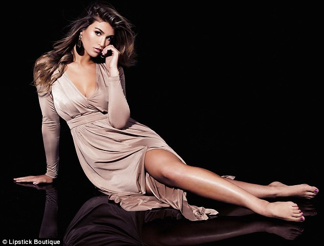 Amy Willerton Feet