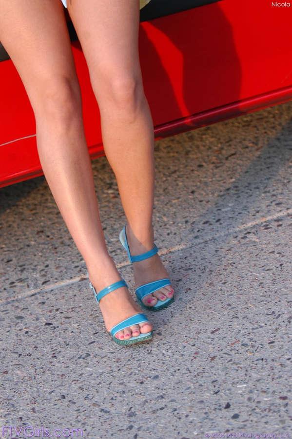 Nikki Loren Feet