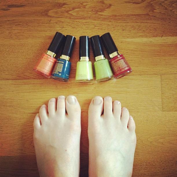 Kathleen Brien Feet