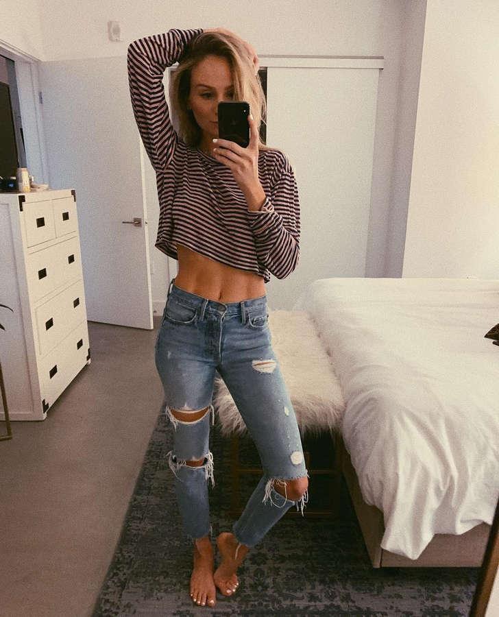Lauren Bushnell Feet