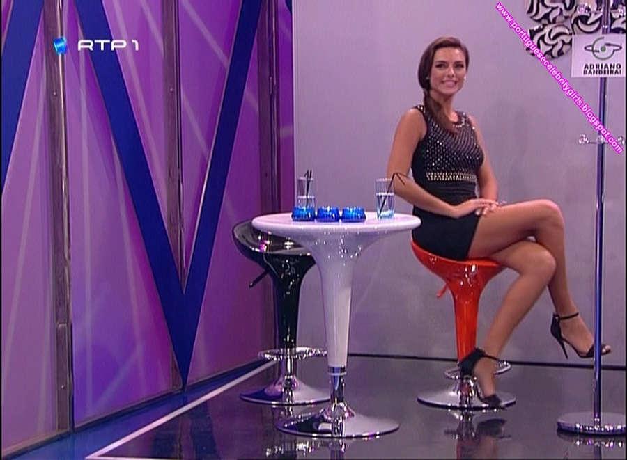 Lucia Custodio Feet