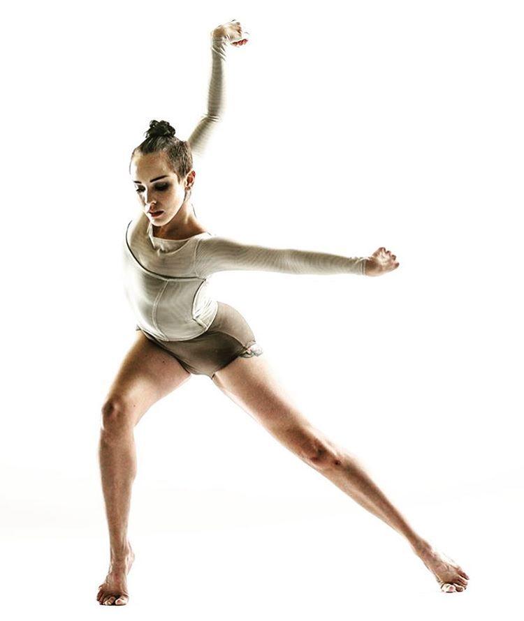 Raychel Diane Weiner Feet