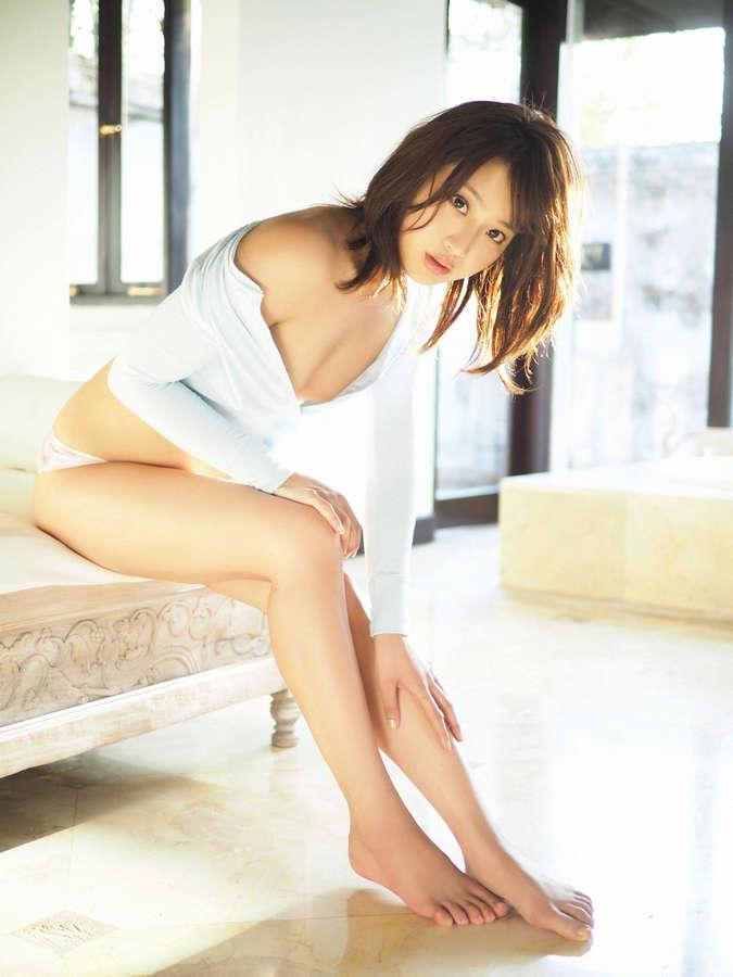 Mina Asakura Feet