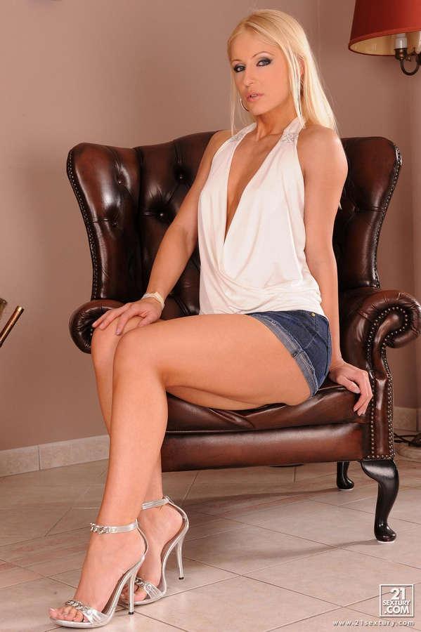 Jasmin Feet
