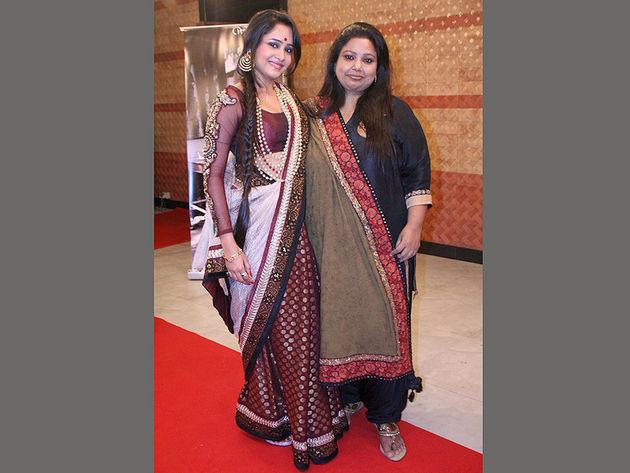 Aasiya Kazi Feet