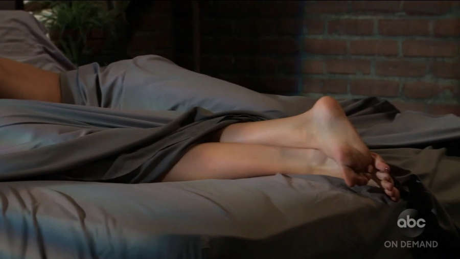 Katelyn MacMullen Feet
