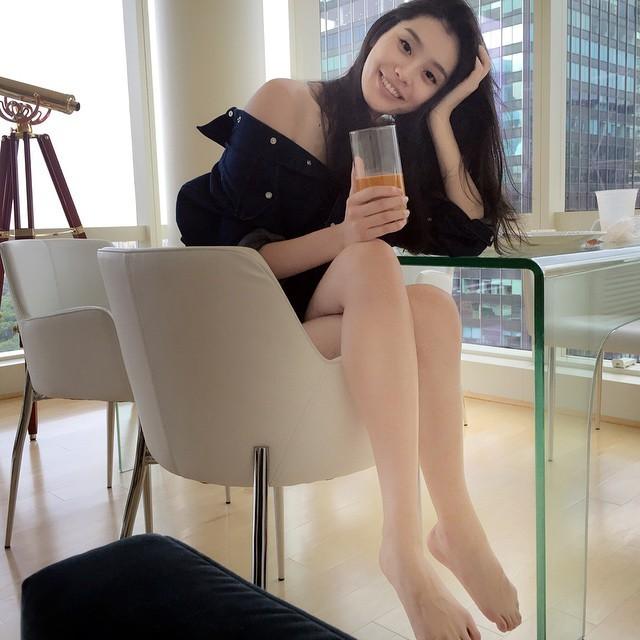 Ming Xi Feet