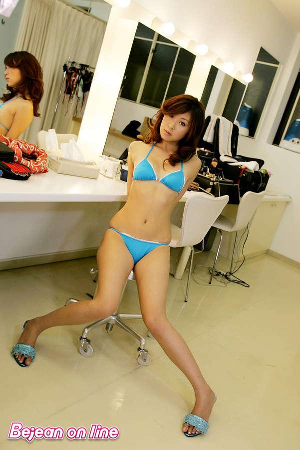 Natsuko Tatsumi Feet