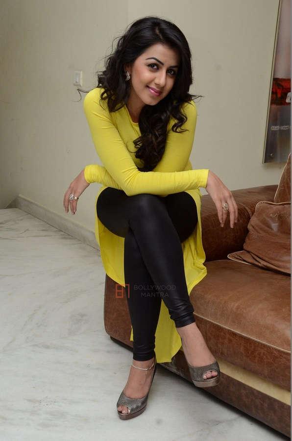 Nikki Galrani Feet